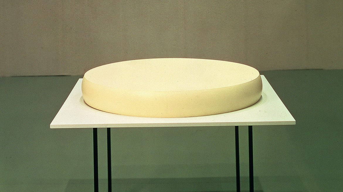 Katharina Fritsch, Table with Cheese
