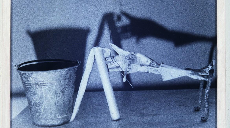 Fischli & Weiss, Untitled (Equilibre)