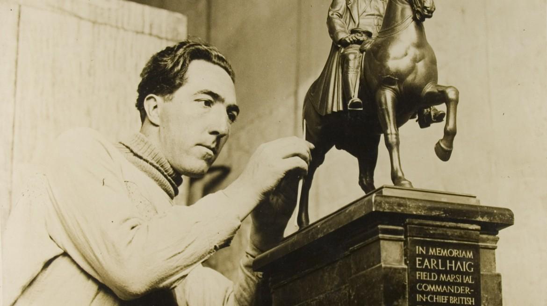 Alfred-Hardiman-in-the-studio