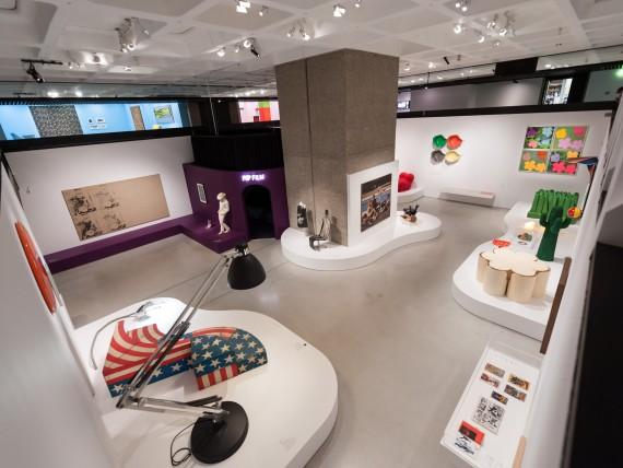21  Pop Art Design Barbican Art Gallery