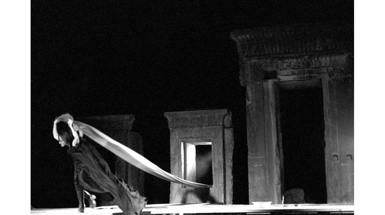 Caligula, NIRT Theatre Workshop – Persepolis, 1974 Courtesy of Mehdi Khonsari