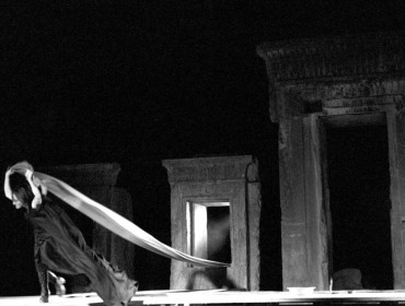 Caligula, NIRT Theatre Workshop – Persepolis, 1974 Courtesy of Mehdi Khonsari