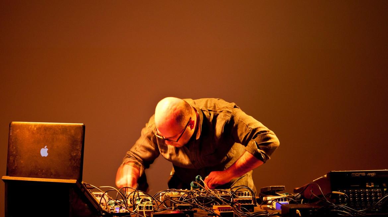 Hassan Khan Live at Portikus, Frankfurt, 2015, Photo by Helena Schlichti...