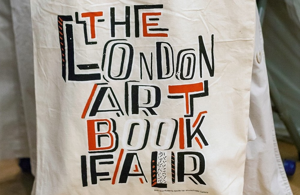Image 4 - Bob and Roberta Smith Limited Edition Tote at The London Art Book Fair 2014, Whitechapel Gallery