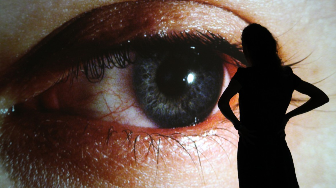 Image of Rafael Lozano-Hemmer, Surface Tension (1992), plasma or rear-projection screen, computerised surveillance system, custom‐made software, dimensions variable. Courtesy the artist and Carroll/Fletcher, London. Installation photograph by Maxime Dufour © Rafael Lozano-Hemmer
