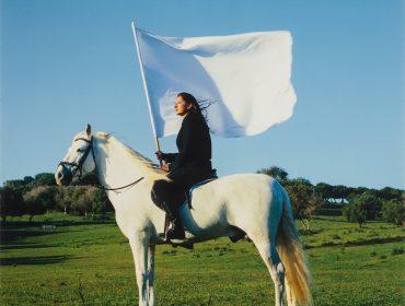 Marina Abramovic, The Hero, 2001 sm