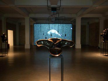 Whitechapel Gallery, Alicja Kwade, Biomorphic Bodies, Thu 15 Jun, 7pm