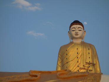 Giant Buddha in Mawlawmyine